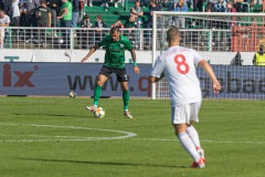 11. Spieltag: SC Preußen Münster - Fortuna Düsseldorf II 2:0. Robin Ziegele am Ball.