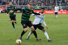 20. Spieltag: Preußen Münster - TSV 1860 München 0:1. Nico Brandenburger gegen Noel Niemann.