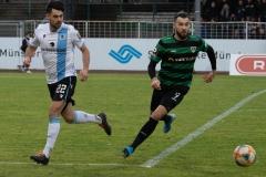 20. Spieltag: Preußen Münster - TSV 1860 München 0:1. Ex-Preuße Aaron Berzel gegen Rufat Dadashov.