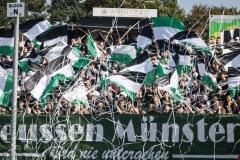 5. Spieltag 2021/2022: Preußen Münster - SV Rödinghausen 0:0. Preußenfans vor dem Spiel.