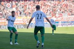 9. Spieltag: Hallescher FC gegen Preußen Münster. Dann doch Jubel: Grodowski freut sich mit Dadashov.