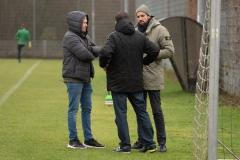 Auftakttraining beim SC Preußen Münster am 4. Januar 2020. Chefscout Kieran Schulze-Marmeling (l.) und Sportchef Malte Metzelder (r.).